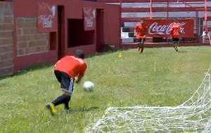 Cariocas se preparam para trabalharem como gandulas  (Foto: Reprodução SporTV)