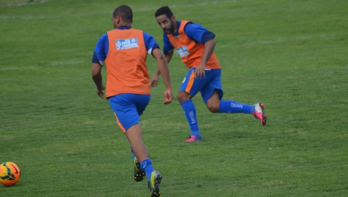 Confiança foca na marcação para duelo com o Porto-PE (Foto: Felipe Martins/GloboEsporte.com)