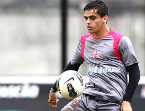 Fagner no treino do Vasco (Foto: Marcelo Sadio / Site Oficial do Vasco da Gama)