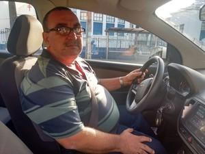 Taxista Ademário Filho (Foto: Alan Tiago Alves/G1)