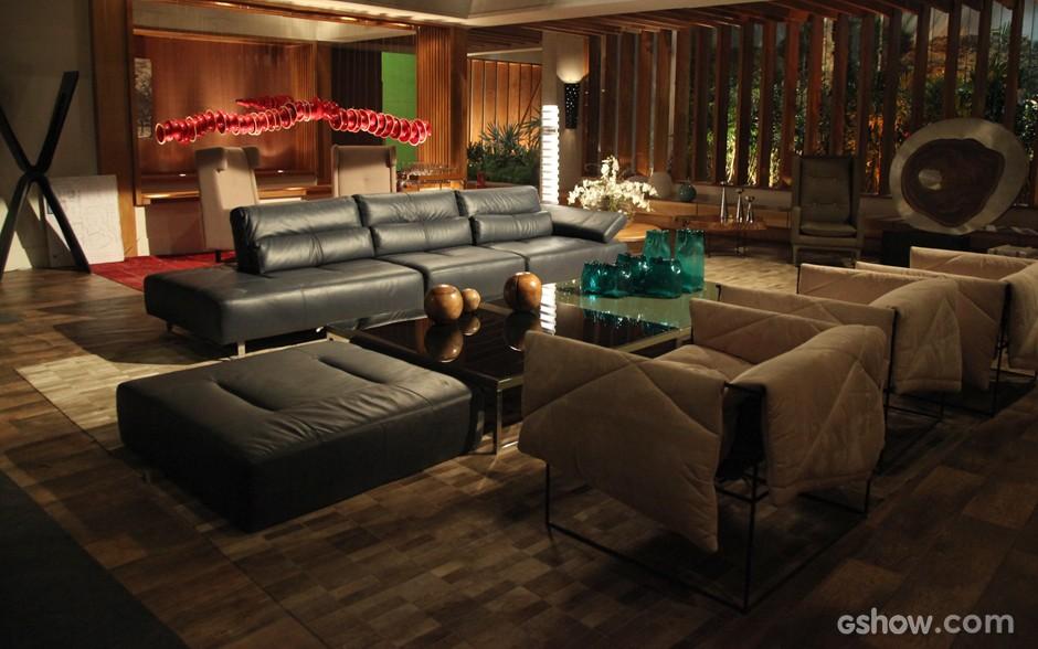 Visão geral da sala da Mansão Marra mostra decoração sofisticada e moderna (Foto: Camila Camacho/TV Globo)