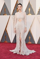 Oscar 2016: Rooney Mara usa sandálias pequenas na premiação