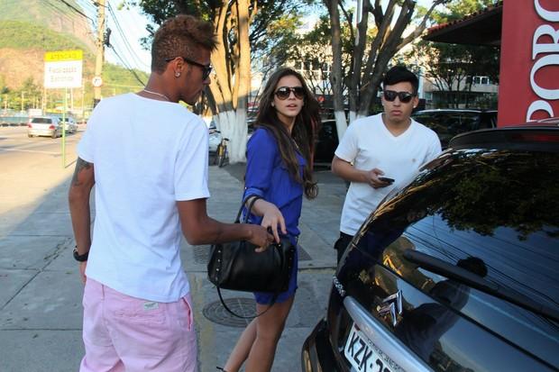 Bruna Marquezine e Neymar no Porcão (Foto: Gabriel Rangel/Ag. News)