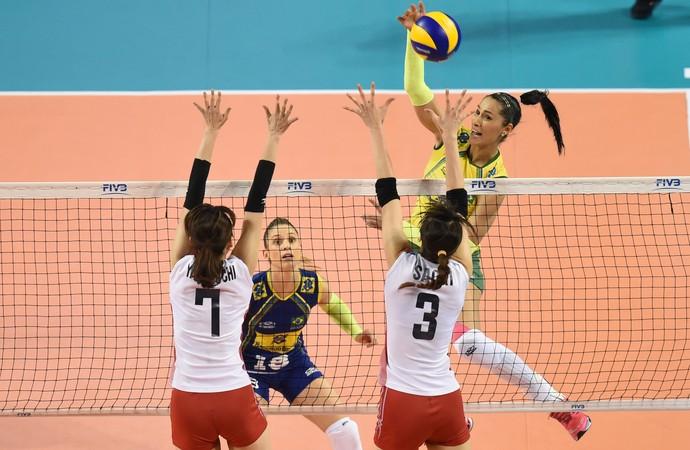 Brasil x Japão final Grand Prix vôlei Jaqueline Camila Brait (Foto: Divulgação/FIBV)