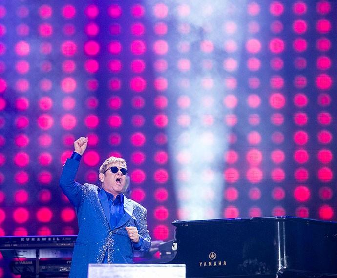 Cantor dá um show ao piano (Foto: Inácio Moraes/Gshow)