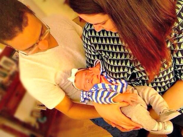O casal Izabella Medeiros e Raphael Lima tiveram o bebê durante viagem a Nova York (Foto: Arquivo da Família)