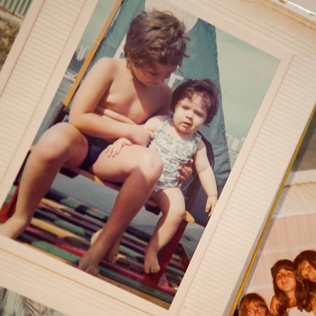 Adriane com o irmão (Foto: Reprodução)