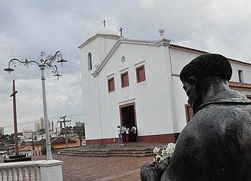 Igreja de São Benedito Cuiabá (Foto: Iara Vilela / G1)