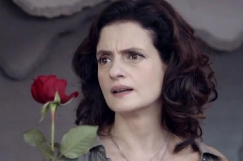 Denise Fraga em cena de 3 Teresas (Foto: Reprodução)