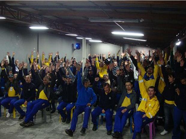 Cerca de mil trabalhadores adediram a greve no estado (Foto: Divulgação / Sinticom)
