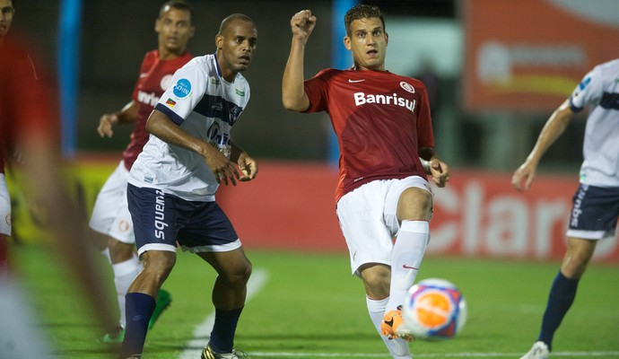 Rafael Moura no jogo contra o São José (Foto: Alexandre Lops/Divulgação, Inter)
