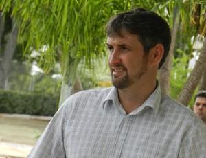 Ângelo Márcio, gerente de futebol do Uberlândia Esporte (Foto: Felipe Santos/GLOBOESPORTE.COM)