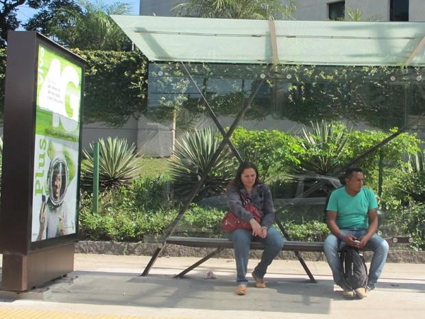 Abrigo de ônibus instalados na Zona Sul de São Paulo (Foto: Tatiana Santiago/G1)