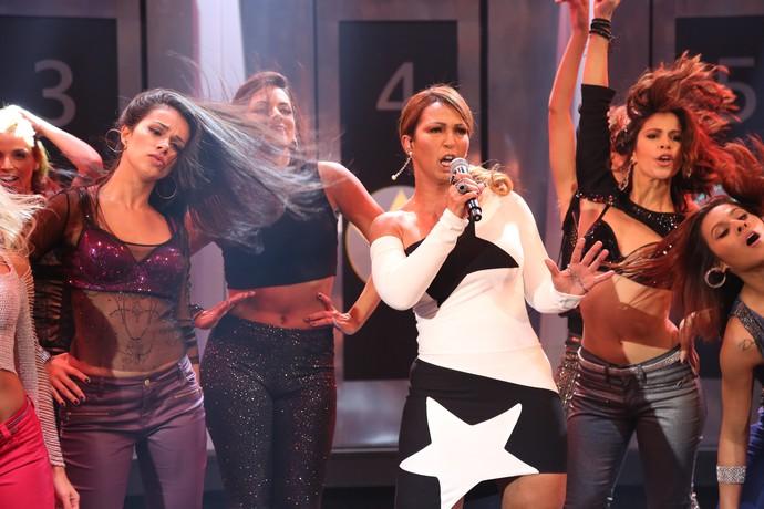 Valesca Popozuda no palco do 'Domingão do Faustão' (Foto: Carol Caminha/Gshow)