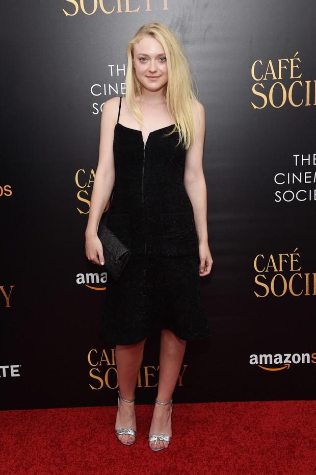 Dakota Fanning em première de filme em Nova York, nos Estados Unidos (Foto: Jamie McCarthy/ Getty Images/ AFP)