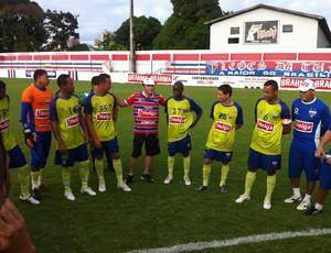 Rony Jason conversou com os jogadores do Fortaleza (Foto: Diego Morais / Globoesporte.com)
