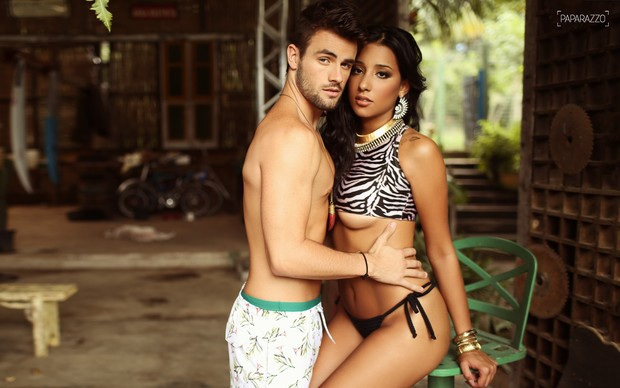 Talita Araújo e Rafael Licks posam para o Paparazzo (Foto: Iwi Onodera / Paparazzo)