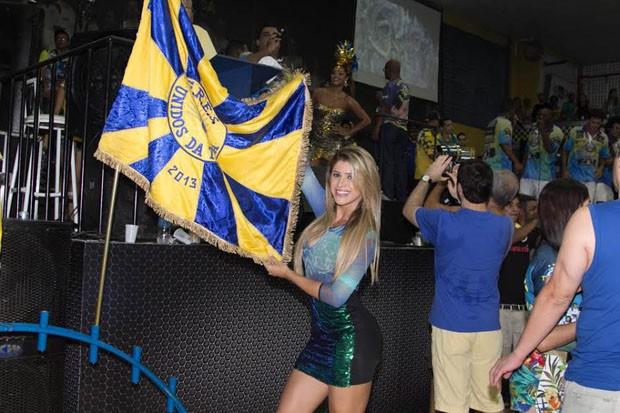 Natália Carvalho está contente em ter posto importante para a Unidos da Tijuca (Foto: Divulgação)