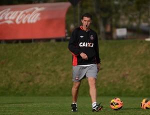 Vagner Mancini, Atlético-PR (Foto: Gustavo Oliveira/ Site oficial do Atlético-PR)