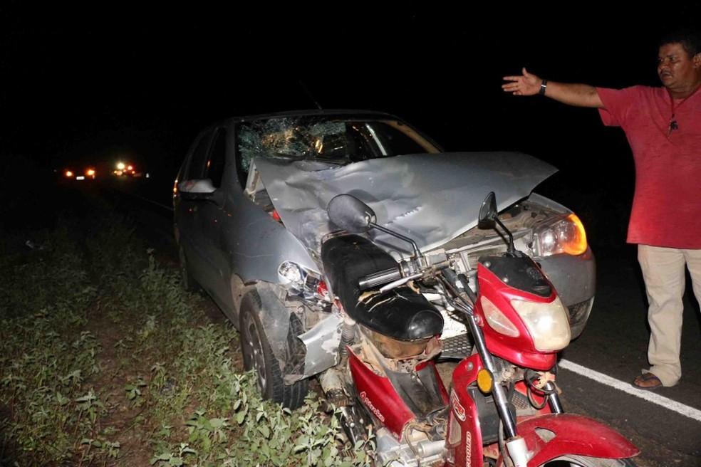 Acidente aconteceu na BR-405, na saída de Mossoró (Foto: Marcelino Neto/O Câmera)