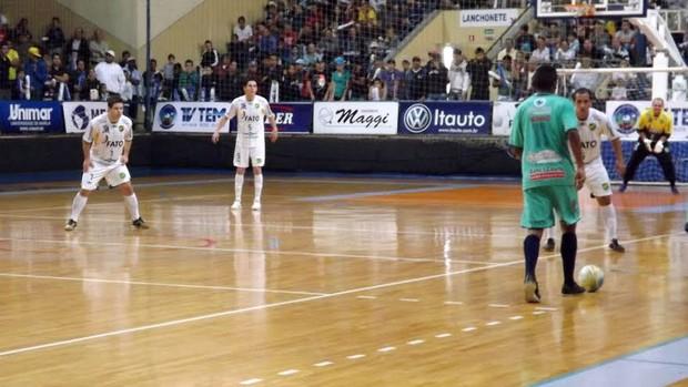 Copa dos Campeões da TV TEM, Jaú x Rio Preto (Foto: Roberto Fernandes / Globoesporte.com)