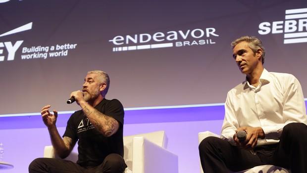 Alex Atala e Pedro Paulo Diniz, durante o CEO Summit 2016 (Foto: Divulgação)