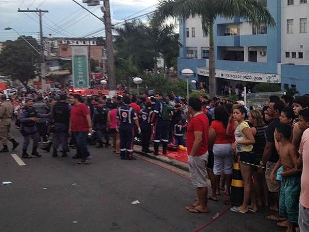 Pelo menos duas pessoas morreram durante acidente (Foto: Divulgação/Arquivo Pessoal)