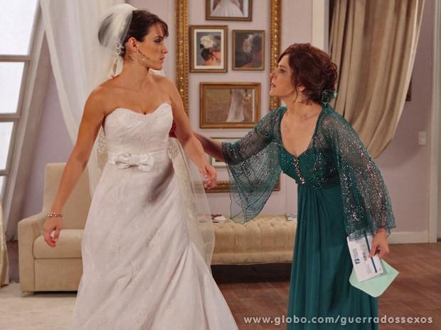 Carolina e Nieta (Foto: Guerra dos Sexos / TV Globo)