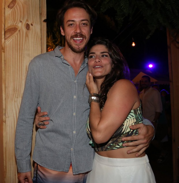 Priscila Fantin e o marido, Renan Abreu (Foto: Francisco Cepeda e Denilson Silva/AGNews)