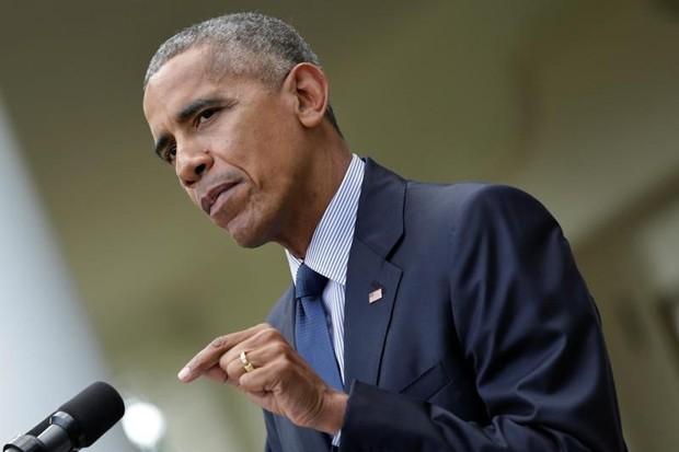 Barack Obama assinou em 2009 uma ordem executiva para fechar a prisão de Guantánamo, mas em 2016 ainda restam 61 pessoas presas lá (Foto: Yuri Gripas/Reuters)