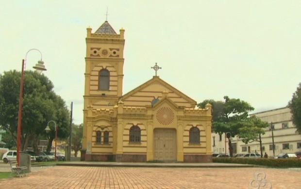 Igreja Matriz de Nossa Senhora do Carmo é um dos pontos turísticos do estado (Foto: Bom Dia Amazônia)