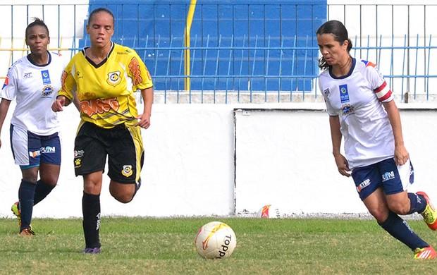 Priscilinha em campo na vitória do São José contra São Bernardo por 5 a 0 (Foto: Tião Martins/ PMSJC)