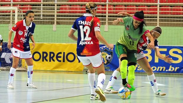 Servicar e Paraná empatam por 1 a 1 no jogo de estreia  da Taça Brasil de Futsal Feminino (Foto: Divulgação / CBFS)