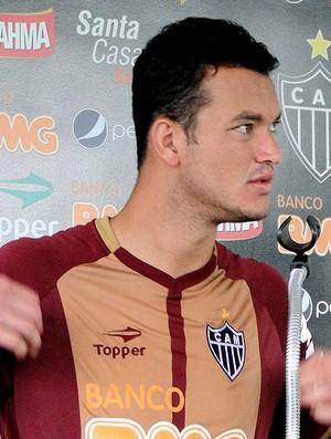 Réver na entrevista do Atlético-MG (Foto: Fernando Martins / Globoesporte.com)