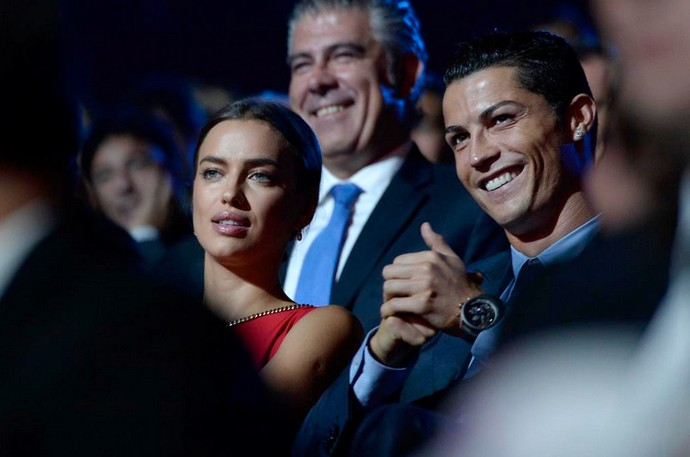 Cristiano Ronaldo e a namorada Irina Shayk (Foto: Reprodução / Twitter)