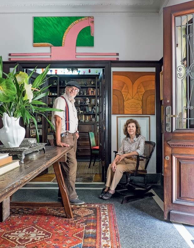 casa-quadros-mesa-madeira (Foto: Lufe Gomes/Life by Lufe)