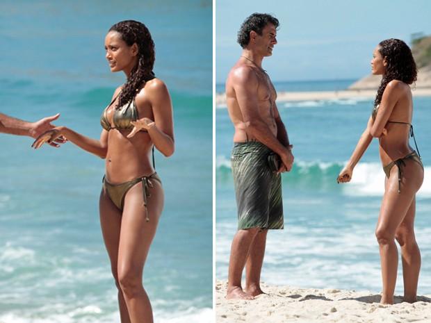 Os atores contracenaram na beira do mar (Foto: Cheias de Charme/TV Globo)