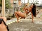 Rainha Quitéria Chagas posa para o Paparazzo em clima de carnaval