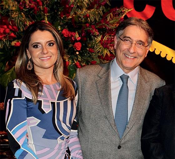 Carolina Oliveira e Fernando Pimentel  (Foto: Reprodução)