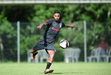 """Diego """"se apresenta"""" no Inter e quer segurar chance de iniciar Gauchão"""