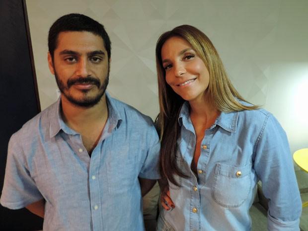 Criolo e Ivete Sangalo cantam Tim Maia em show na Praia do Pina neste domingo (26) (Foto: Katherine Coutinho / G1)