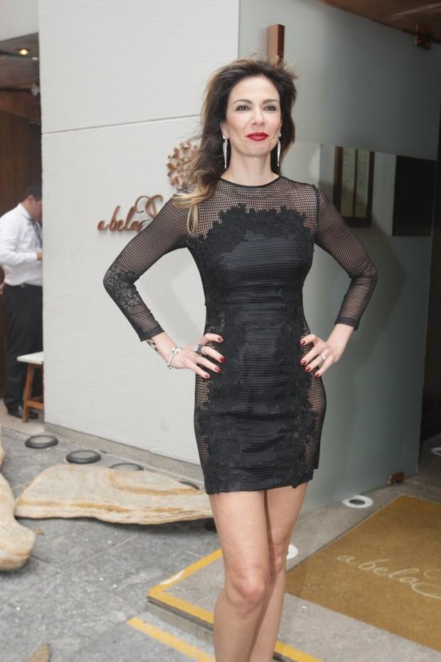 EGO - Magrinha, Mirella Santos mostra o look do dia e deseja: Boa sexta! - notícias de Famosos