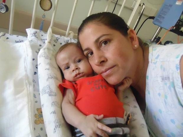 David Miguel, de 7 meses, precisa de transplante para tratar doença rara (Foto: Dinea Gama/Arquivo Pessoal)