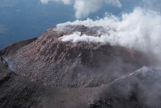 Cratera do vulcão Colima, no México (Foto: Reprodução)