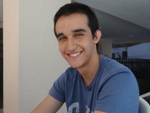 João Vitor foi aprovado em quatro universidades federais (Foto: Michelle Farias/G1)