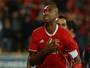 Danilo estreia com golaço, e Luisão dá vitória ao Benfica na Taça de Portugal