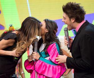 Luciana Gimenez beija Tatá Werneck no último dia de gravação do Tudo Pela Audiência