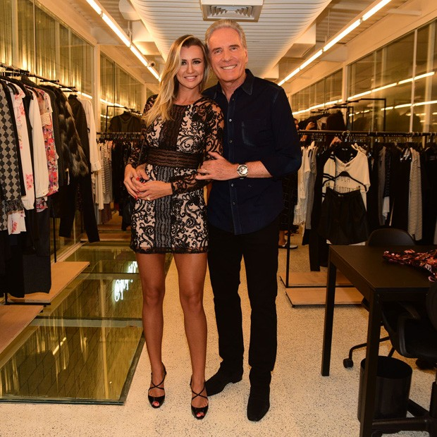Roberto Justus e a mulher, Ana Paula Siebert (Foto: Leo Franco/AgNews)