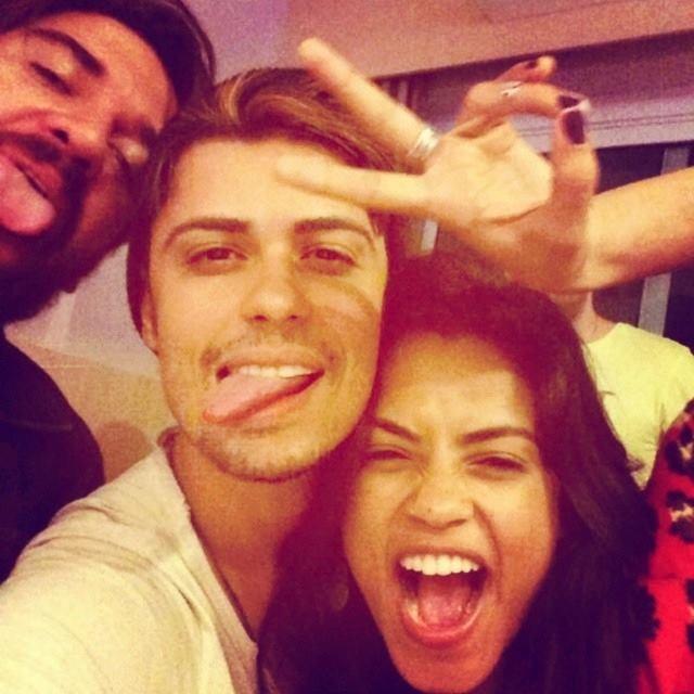 Lucy se diverte com Rodrigo Castellano e Kadu (Foto: Arquivo Pessoal)