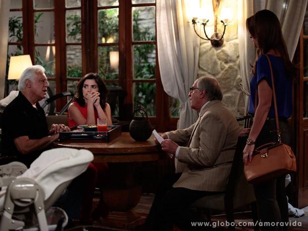 César fica balançado com proposta de Paloma (Foto: Pedro Curi/ TV Globo)